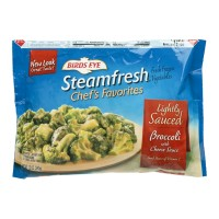 Birds Eye Steamfresh Chefs Favorites Lightly Sauced - Broccoli With Cheese Sauce -  10.8 OZ