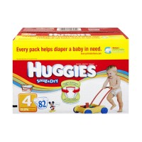 Huggies Snug & Dry Size 4 Diapers - 82 CT